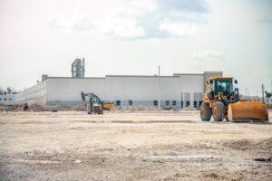 Baustelle mit Baufahrzeugen